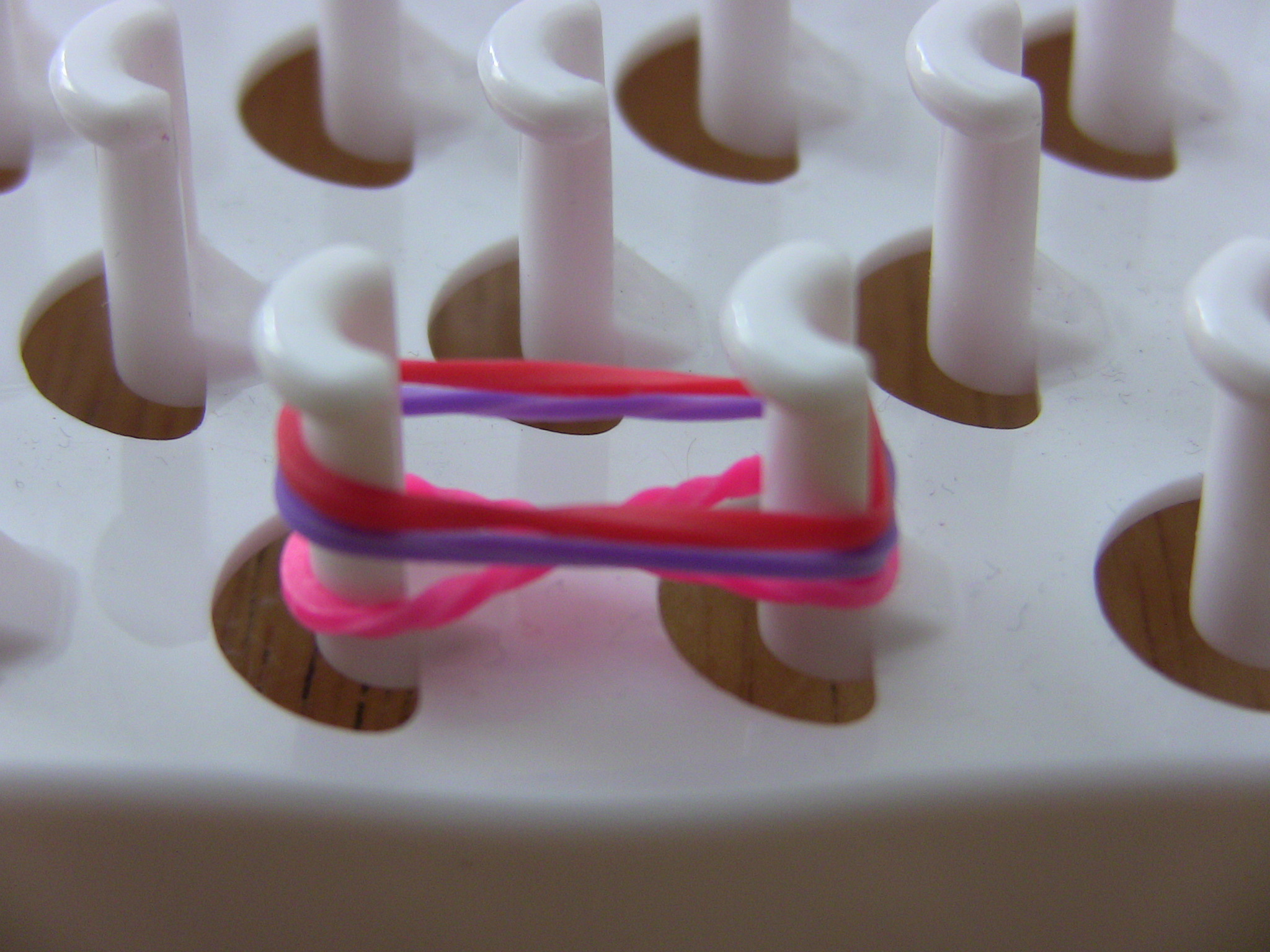 Браслеты с резинок на рогатке схемы